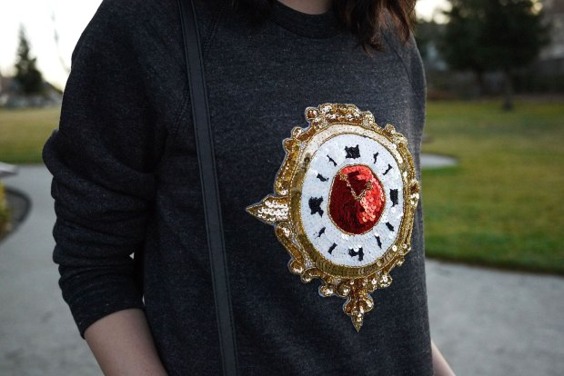 17_02_bow_and_drape_billie_sweatshirt_sequin_clock_christmas_holiday