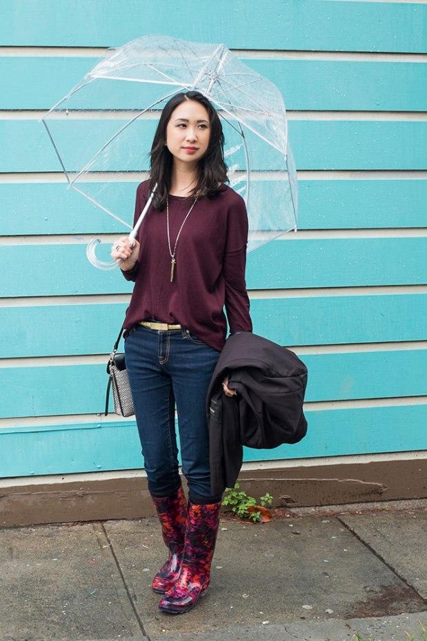 30_02_hm_purple_sweater_stelladot_tia_crossbody_rebel_pendant_target_rainboots_sveltemetals_gorjana