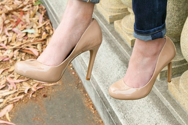56_04_nude_pumps