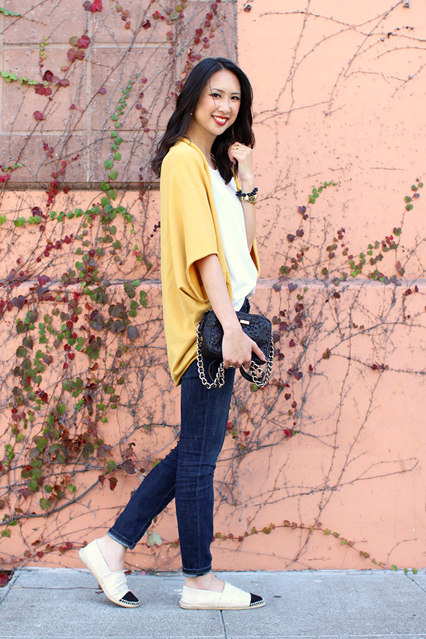 61_02_jyjz_yellow_slouchy_sweater_current_elliot_stilleto_chanel_espadrilles