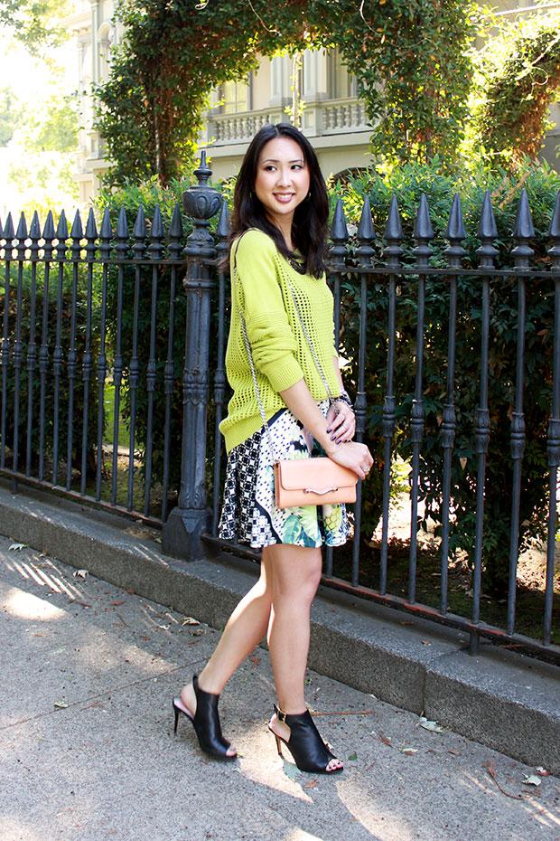 70_01_tibi_window_sweater_aqua_flower_checked_scuba_printed_skirt