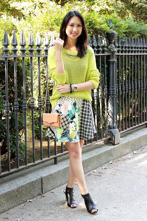 70_04_tibi_window_sweater_aqua_flower_checked_scuba_printed_skirt