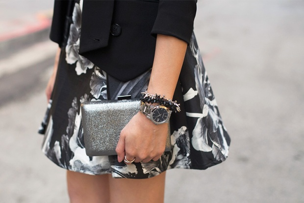 78_03_silver_clutch_burberry_watch_stelladot_renegade_marrincostello