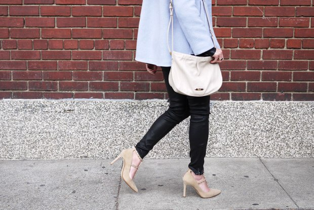 80_02_jbrand_skinny_leleather_pants_bananarepublic_adelia_blue_coat