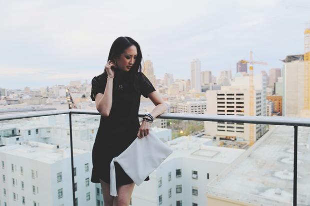 91_03_bananarepublic_mesh_dress