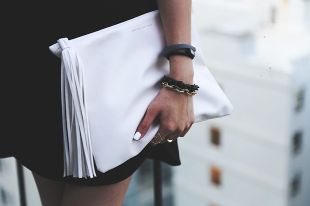 91_05_zara_clutch_marrin_costello